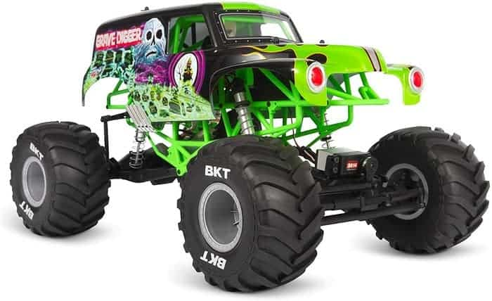 Axial SMT10 Grave Digger RC Monster Truck RTR